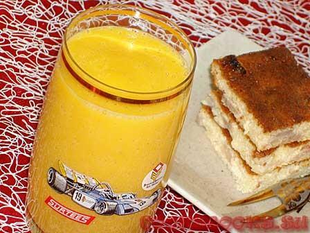 Молочный коктейль с тыквой и бананом