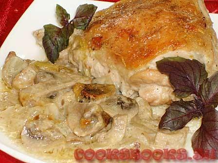 Курица с шампиньонами, базиликом, имбирём