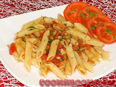 Паста с помидорами, имбирём и чесноком